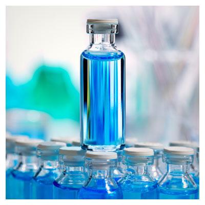 دانلود تصویر با کیفیت با موضوع داروی شیمیایی، محلول آزمایشگاهی آبی رنگ