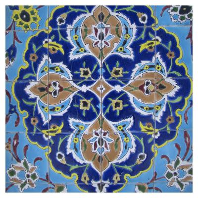 دانلود تصویر شاتراستوک نمای زیبای کاشیکاری مسجد