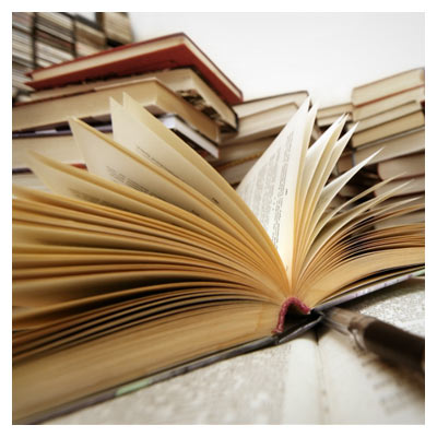 عکس با کیفیت کتاب باز