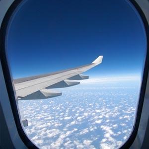 دانلود رایگان تصویر بیرون هواپیما از داخل آن از مجموعه تصاویر شاتراستوک