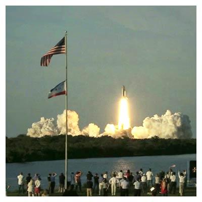 ویدئوی با کیفیت لحظه پرتاب شاتل فضایی