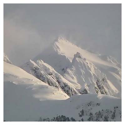 ویدیوی با کیفیت از کوه های برفی