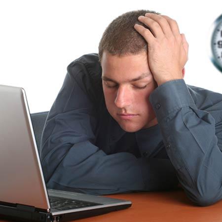 عکس با موضوع مرد خسته