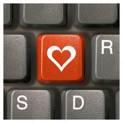 عکس کلید عشق در صفحه کیبورد