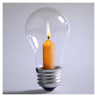 عکس خلاقانه لامپ و شمع