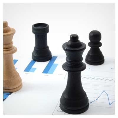 عکس با موضوع اقتصاد و بازی شطرنج