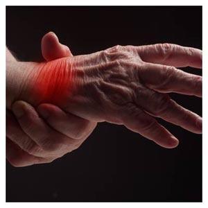 عکس با کیفیت با موضوع درد در مچ دست بر اثر پیری و فرسودگی