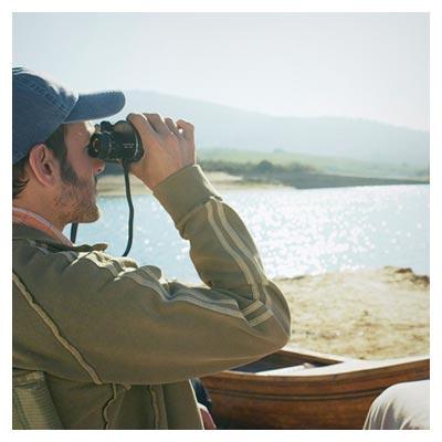 عکس با کیفیت مشاهده طبیعت با دوربین