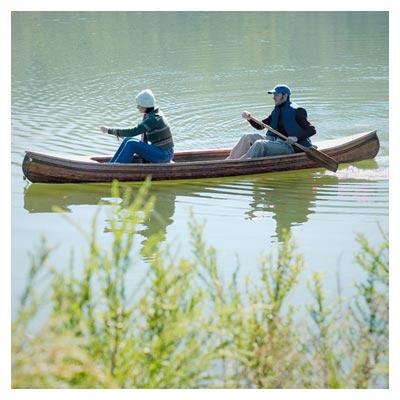 عکس با کیفیت قایق سواری دو نفره