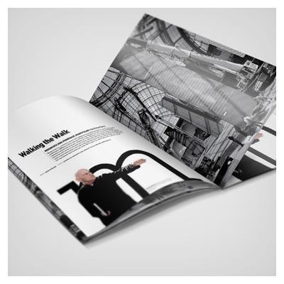 فایل Mockup مجله و کتاب باز شده با امکان نمایش صفحات داخلی