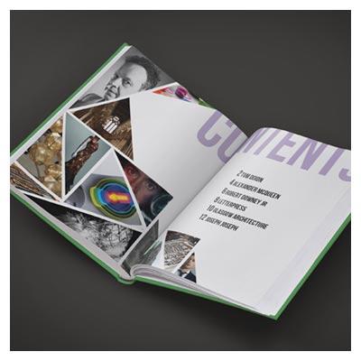 Mockup لایه باز psd کتاب باز شده (با امکان نمایش صفحات داخلی روی موکاپ)