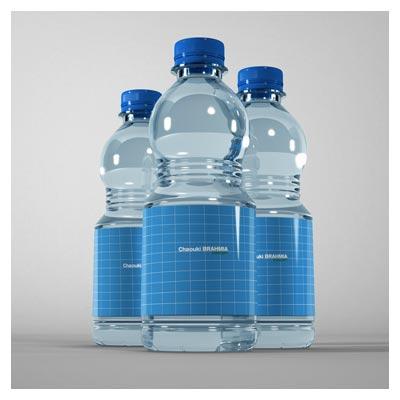 دانلود psd لایه باز موکاپ (Mockup) مجموعه سه بطری آب معدنی با امکان نمایش لیبل روی بدنه آنها