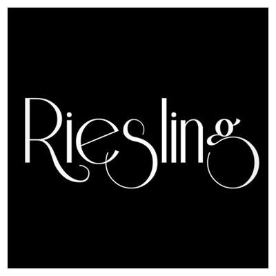 دانلود فونت زیبای لاتین انگور سفید riesling ، مناسب برای طراحی لوگو