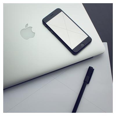 دانلود موکاپ برگه A4 (رزومه و سربرگ) و تلفن همراه