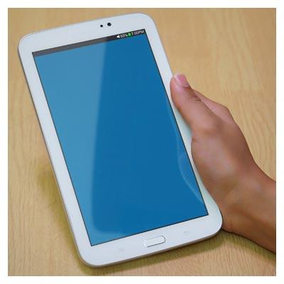 دانلود فایل موکاپ یا پیش نمایش (Mockup) سه حالت مختلف از نمایش تبلت در دست