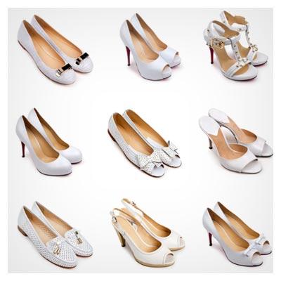 عکس کفش های دخترانه از تعدادی کفش سفید رنگ JPG
