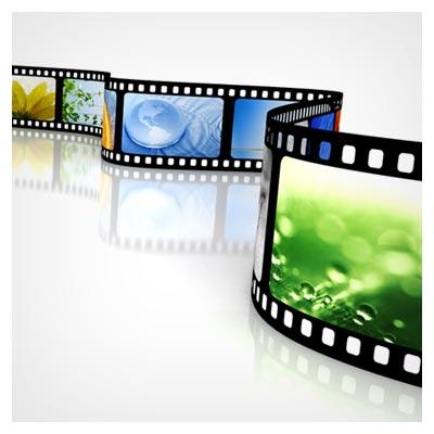 عکس یک فیلم عکاسی پر شده با تصاویر زیبا و رنگی طبیعت، بر روی پس مینه سفید