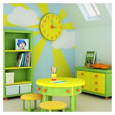 عکس اطاق کودک با وسایل سبز و زرد کوچک و کودکانه