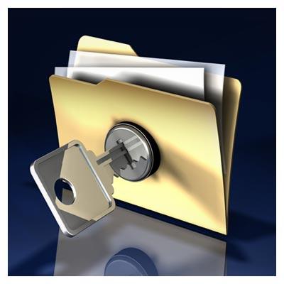 عکس کلید بر روی یک پوشه در حال باز کردن قفل آن به صورت مفهومی
