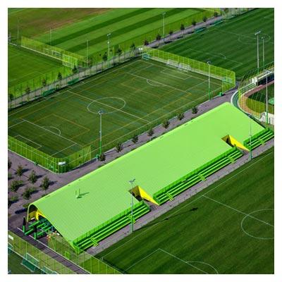 عکس ورزشگاه های فوتبال، زمین چمن سبز فوتبال با فرمت jpg