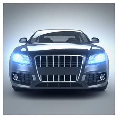 عکس اتومبیل فانتزی نقره ای با چراغ های آبی رنگ روشن
