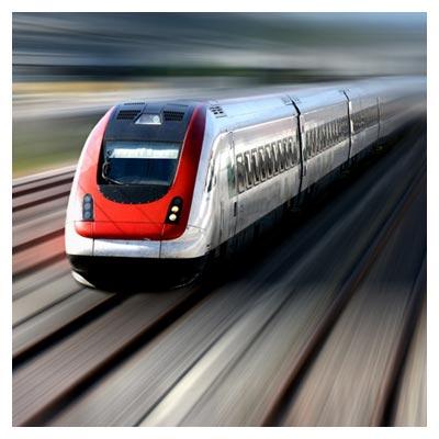 دانلود تصویر ریل قطار و حرکت سریع قطار بر روی آن با فرمت jpg
